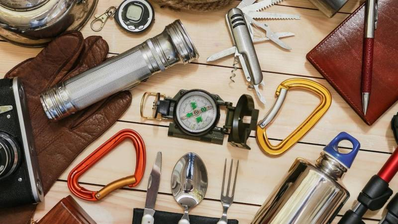 Mit der richtigen Ausrüstungen steigen deine Überlebenschancen drastisch an