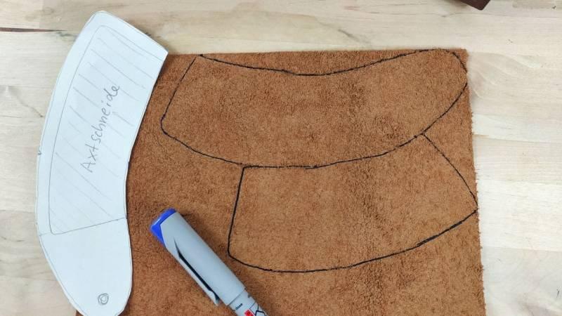 Übertrage das Schnittmuster auf dein Leder