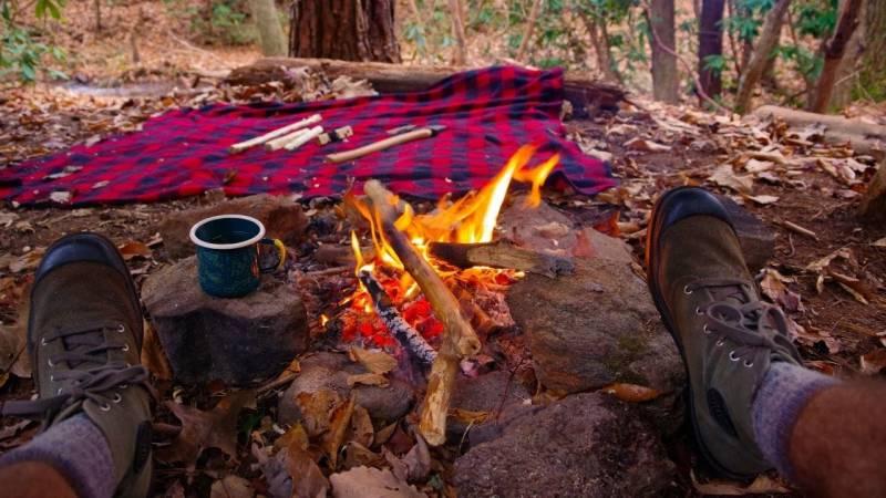 Als Bushcrafter bin ich ein Waldläufer, der weiß, wie er gut mit der Natur lebt.