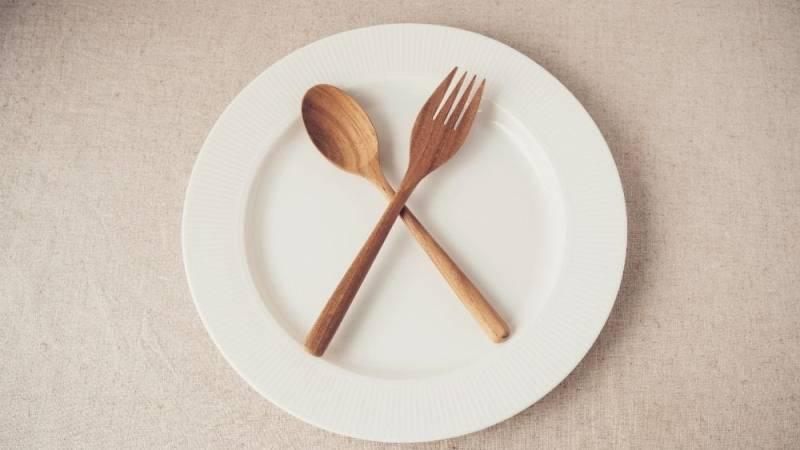 Mit Hunger zurechtkommen - darum solltest du Fasten üben