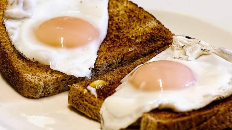 Stufe 1 beim Fasten bedeutet: kein Frühstück mehr