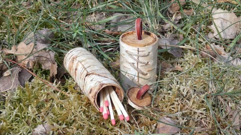 Wie du eine Streichholzschachtel aus Birkenrinde herstellst