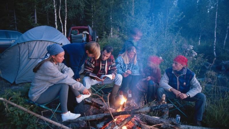 Die 5 besten Tipps für das Zelten mit einer großen Gruppe