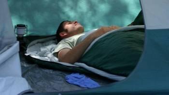 Gut Schlafen: die wichtigste Fähigkeit eines Waldläufers