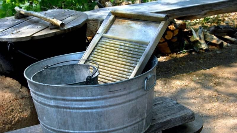 Mit Asche lässt sich wunderbar waschen – stelle eine Lauge her