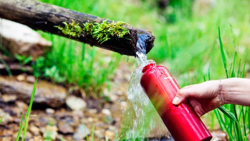 Trinkwasser finden, sammeln, filtern und trinkbar machen
